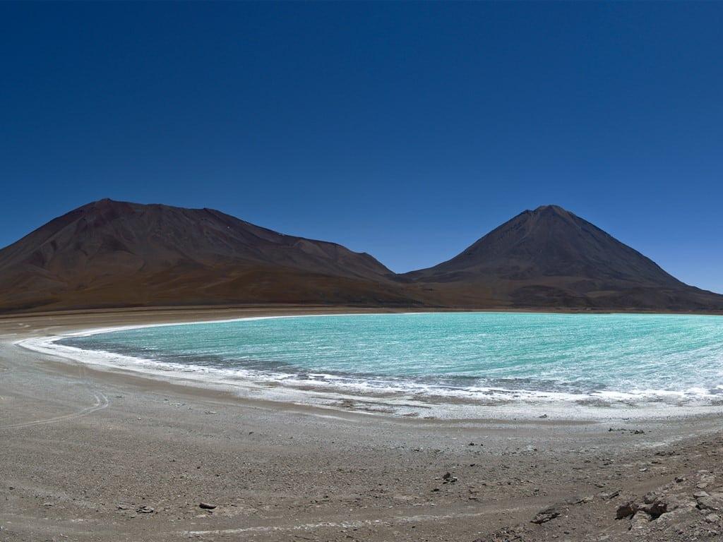 Laguna Verde au volcan Licancabur en Bolivie
