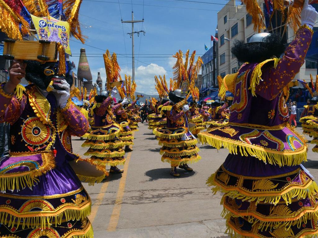 Défilé du carnaval de Puno au Pérou