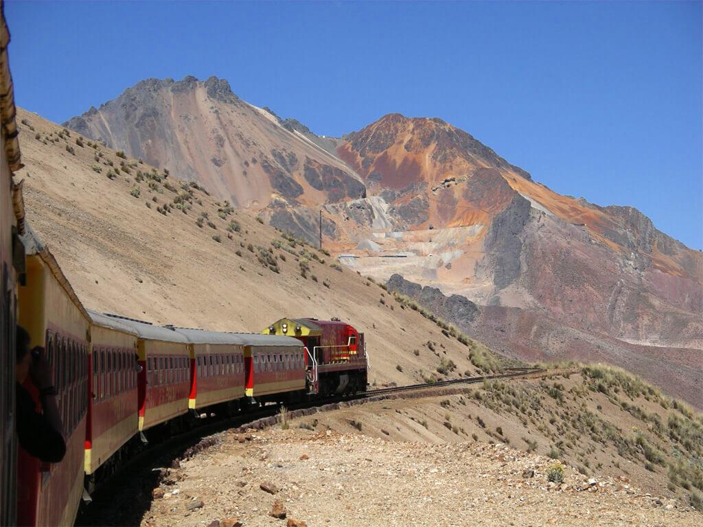 Chemin de fer de Lima à Huancayo au Pérou