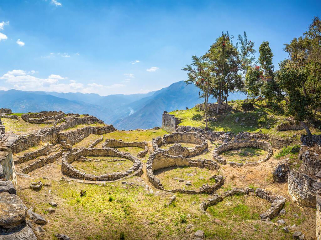 Ruines de la citadelle Kuélap au Pérou