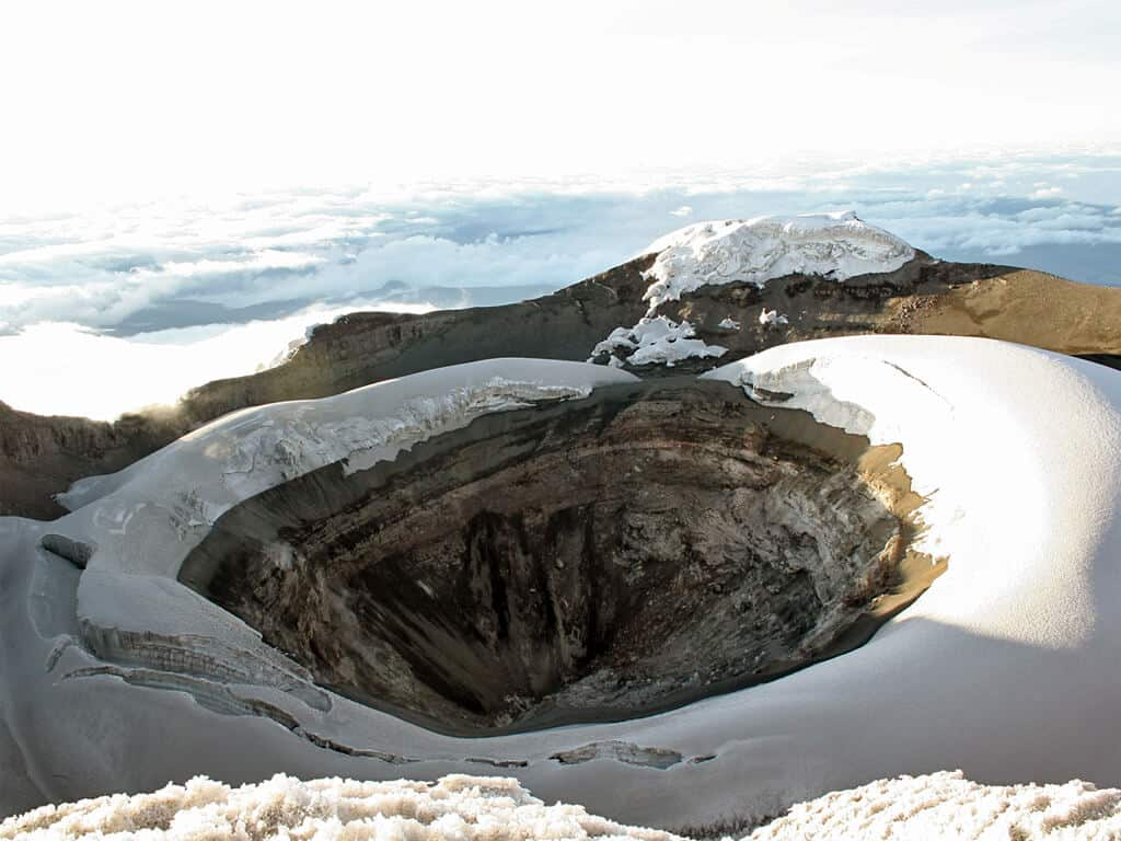 Le cratère du volcan Cotopaxi