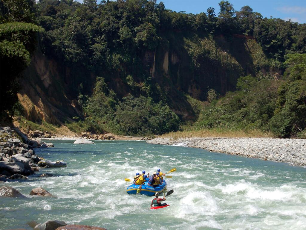 Descente de la rivière Upano en Équateur
