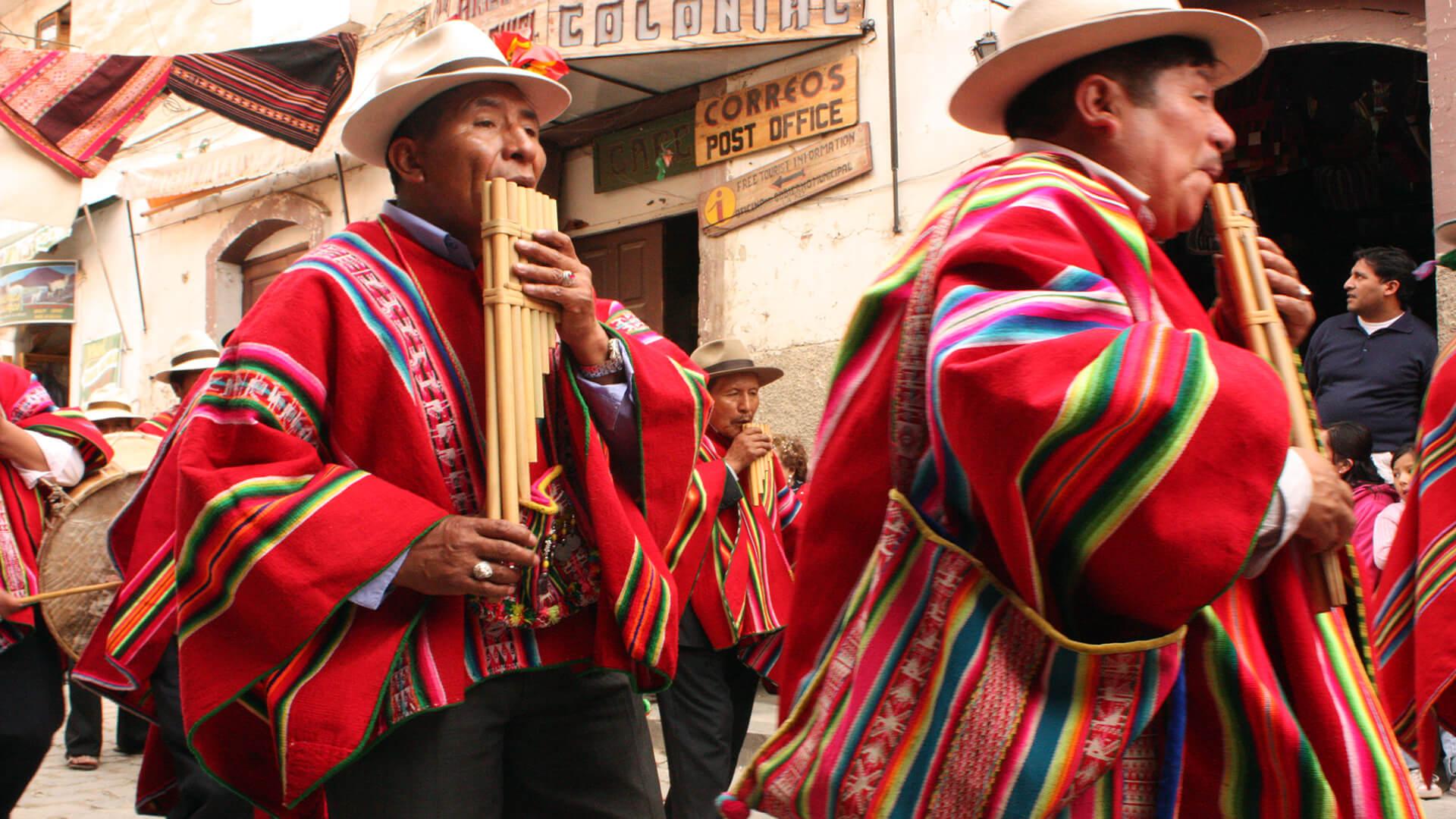 Folklore et Carnavals en Bolivie, Pérou et Équateur