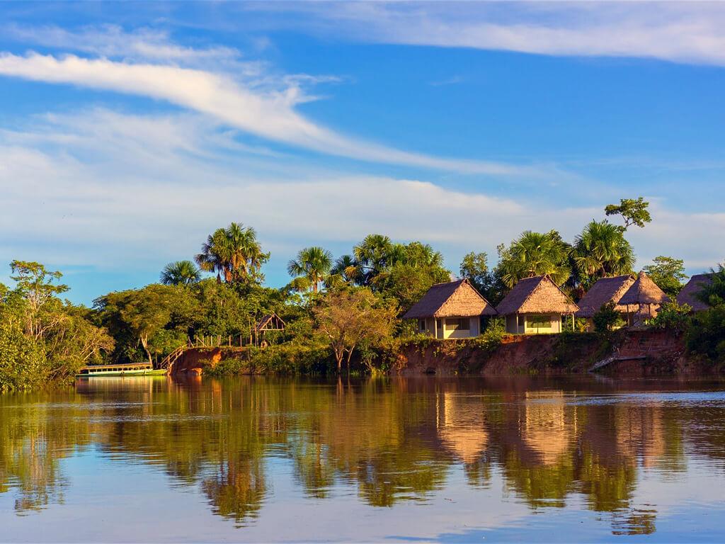 En passant par Yanamono escale sur l'Amazone au Pérou