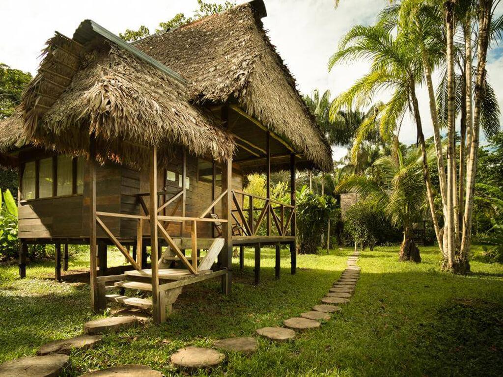 Lodge pour la pêche dans la réserve Tambopata au Pérou