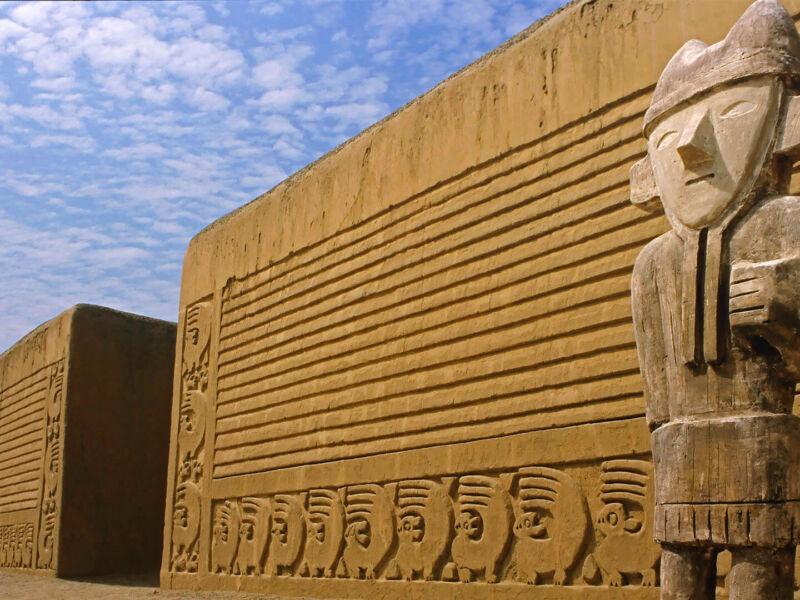 La civilisation Moche et les sacrifices humains au Pérou