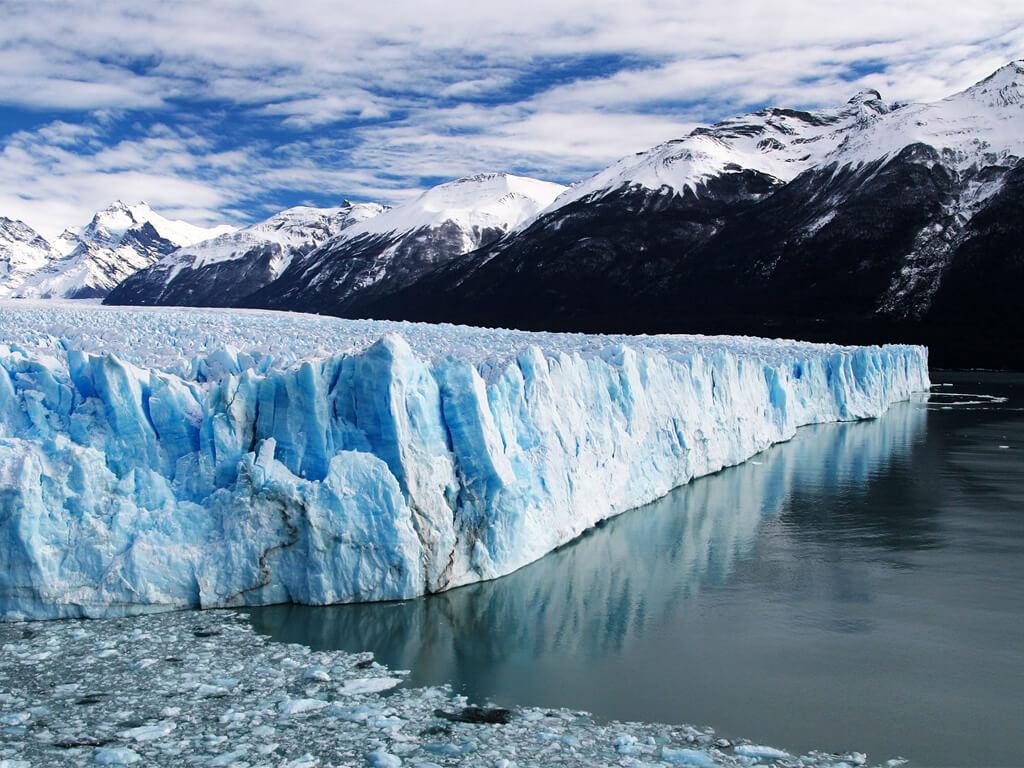 Le glacier Perito Moreno est une merveille en Argentine