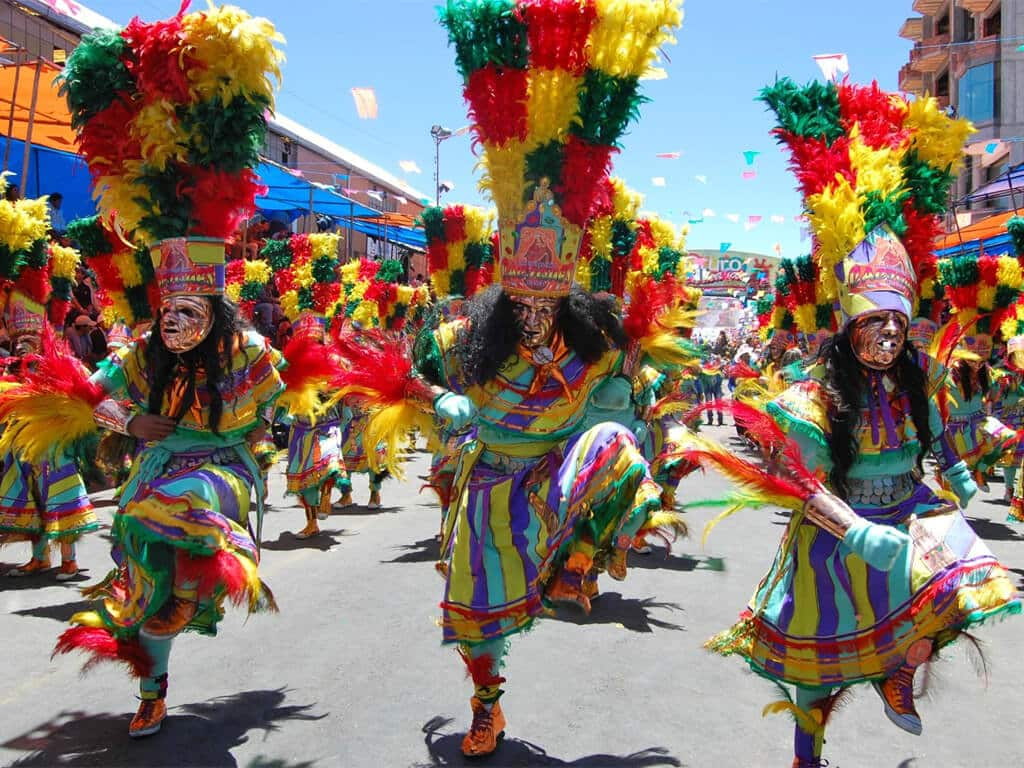 Parade endiablée de carnaval à Oruro