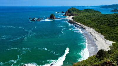 Plage los Frailes sur la côte Pacifique en Équateur