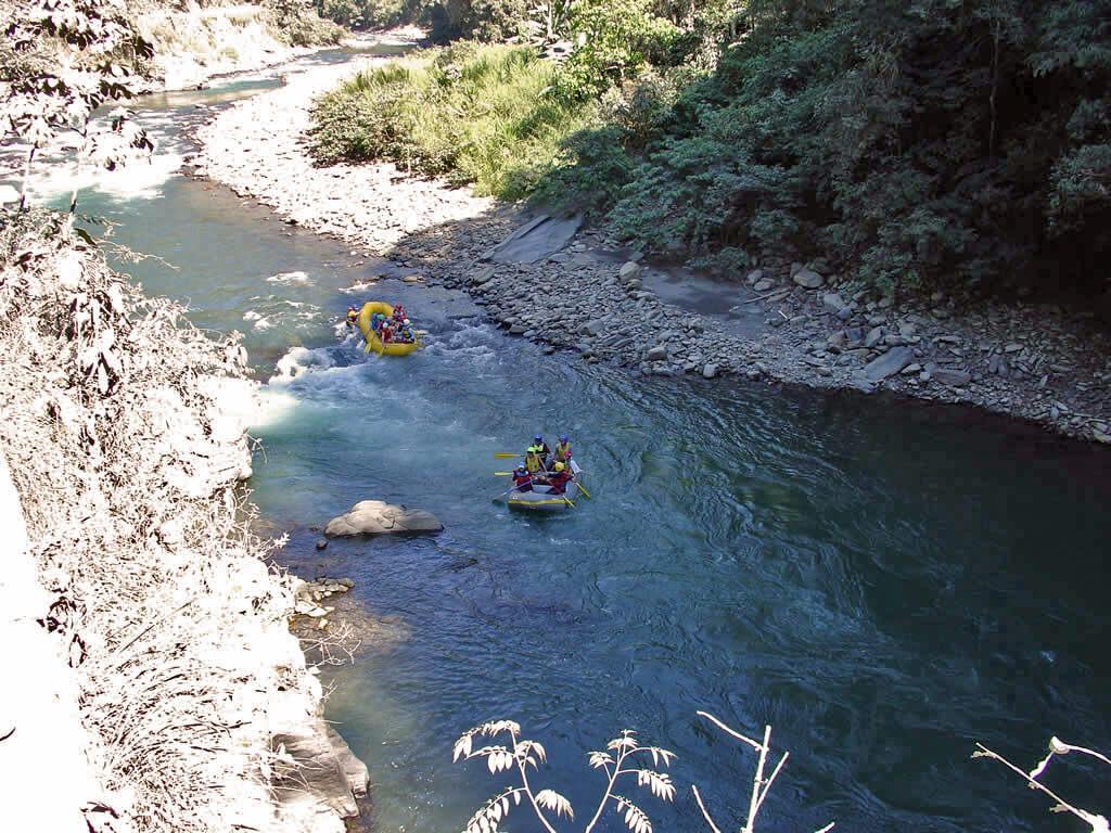 Rafting rivière Coroico dans les Yungas en Bolivie