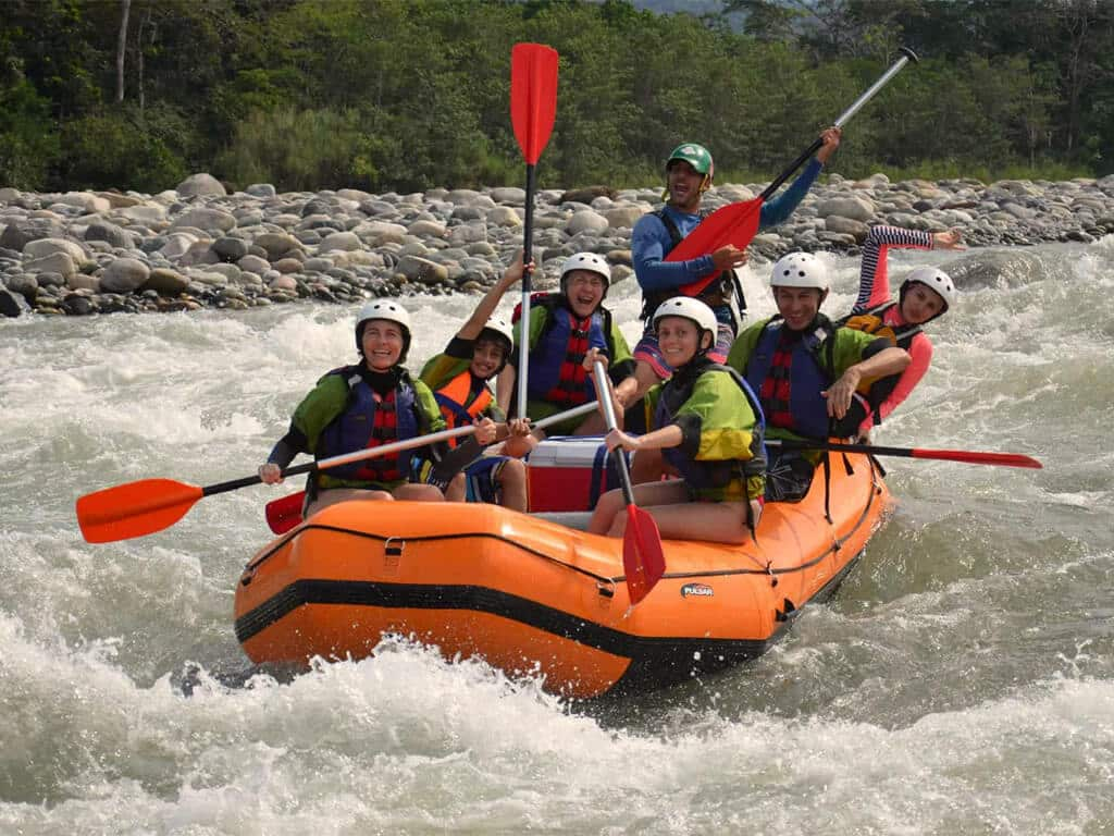 Rafting sur la rivière Jatun Yacu en Équateur