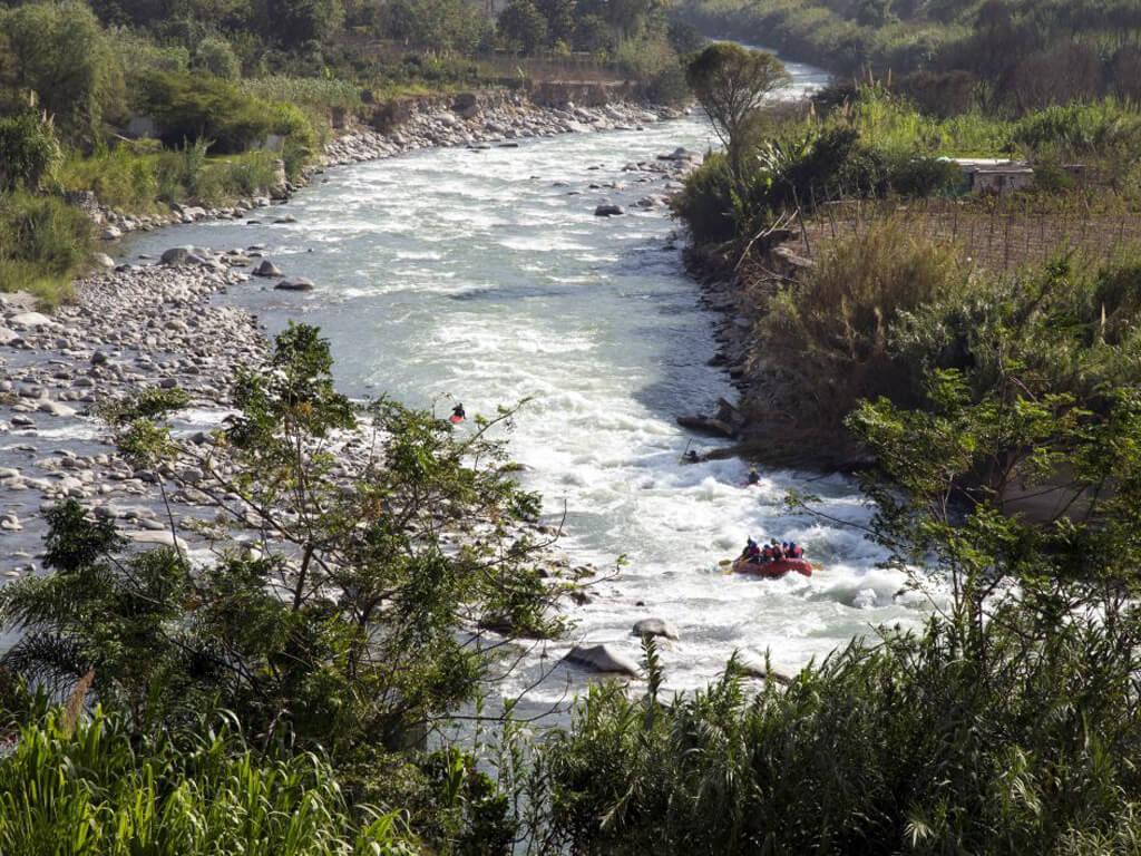 Rafting sur la rivière Tambopata au Pérou