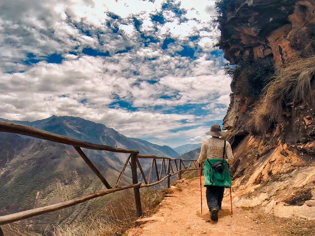 Randonnée vers la cité de Choquequirao au Pérou