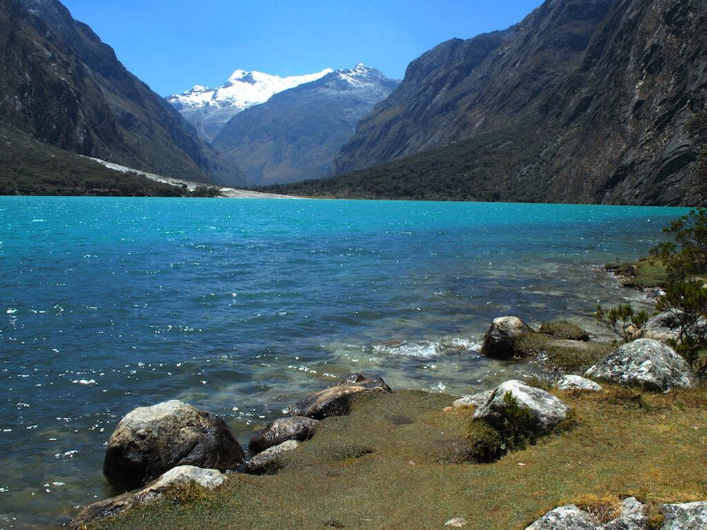 Randonnée jusqu'au Lac Llanganuco au Pérou