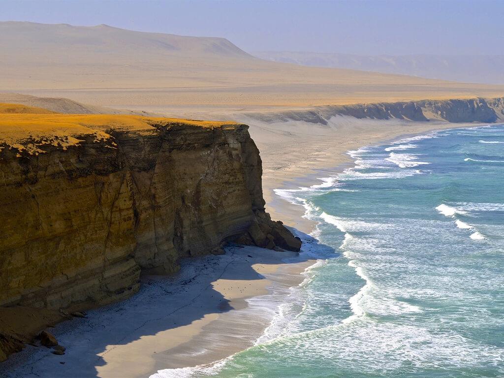 Réserve National de Paracas sur la côte Sud du Pérou