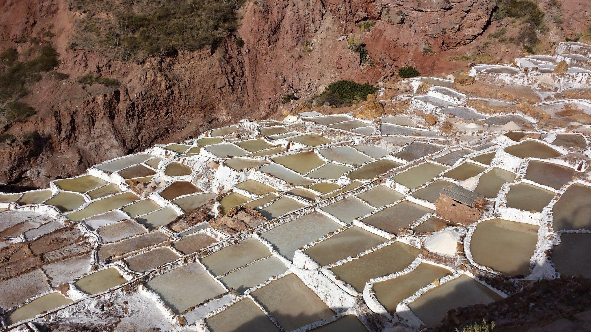 Salinas de Mara dans la vallée sacrée près de Cuzco