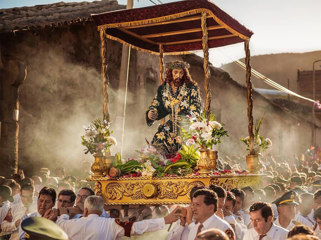 Célébration de la Semaine Sainte à Ayacucho Pérou