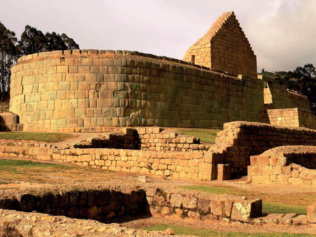 Temple du Soleil à Ingapirca en Équateur