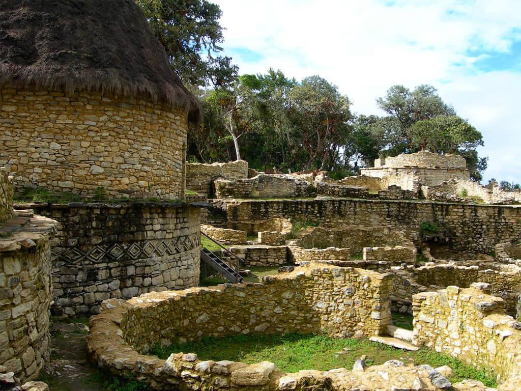 Village de Kuélap de la civilisation Chachapoyas au Pérou